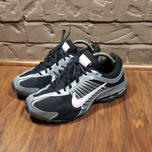 Nike Reax 4, size 7.5, excellent condition!